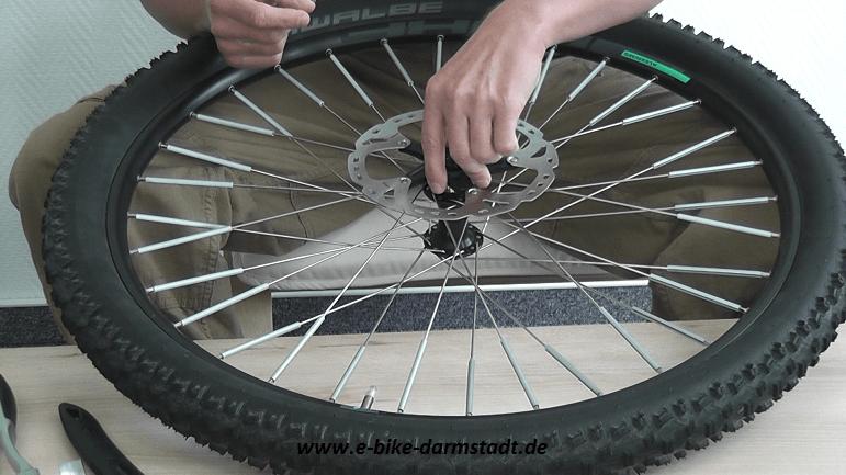 Montage von größerer Shimano Bremsscheibe SM-RT81